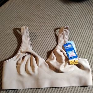 Hanes Womens Smoothtec Comfort Flex Fit Bra